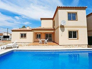 4 bedroom Villa in L'Ametlla de Mar, Costa Daurada, Spain : ref 2242447