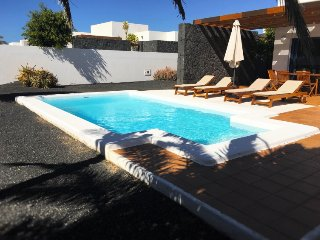 2 bedroom Villa in Playa Blanca, Lanzarote, Canary Islands : ref 2217242