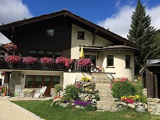 4 bedroom Apartment in Saas Grund, Valais, Switzerland : ref 2241739, Saas-Fee