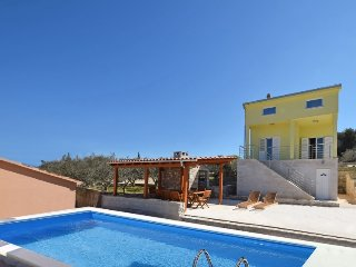 6 bedroom Villa in Solta Necujam, Central Dalmatia Islands, Croatia : ref