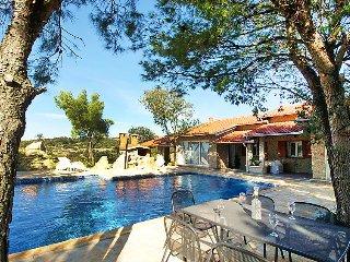4 bedroom Villa in Obrovac, Zadarska Zupanija, Croatia : ref 5060587