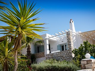 Greek Villa -Spiti Marie (sleeps 6) Near to Golden Beach,  Paros