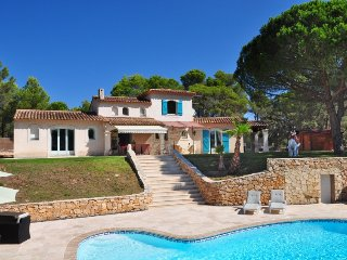 4 bedroom Villa in Puget sur argens, Cote d Azur, France : ref 2216378
