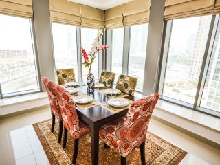 Violeta Downtown, Enchanting 2BR Downtown w/ Fountain View, Dubai
