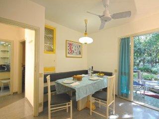 2 bedroom Villa in San Vincenzo, Costa Etrusca, Italy : ref 2215398