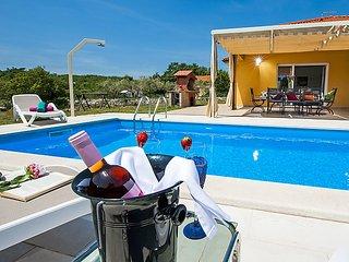 4 bedroom Villa in Golas, Istarska Zupanija, Croatia : ref 5052730