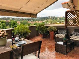 Penthouse, Terrace Amazing Views, Garage, Central, 6 floor Lift, 2Bd 2Ba