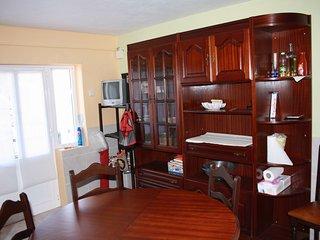 Apartamento com 2 Quartos  WC  Cozinha e Sala