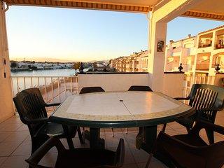 0183-SANT MAURICI Apartamento con vistas al canal
