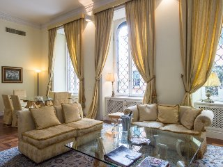 3 bedroom Apartment in Rome Historical City Center, Lazio, Italy : ref 2098557