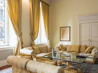 3 bedroom Apartment in Campo Marzio, Latium, Italy : ref 5056095