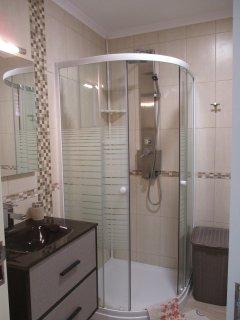 modern bathroom with cascade shower
