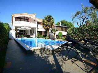 7 bedroom Villa in Zadar Bibinje, North Dalmatia, Croatia : ref 2021110