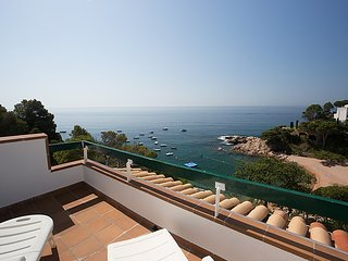 3 bedroom Apartment in Tossa de Mar, Catalonia, Spain : ref 5043949