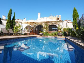 3 bedroom Villa in Empuriabrava, Costa Brava, Spain : ref 2010332
