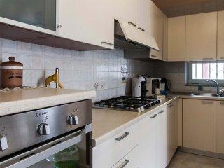 Appartamento con 2 camere vicino Pompei. Wifi, parcheggio e piscina con spa!