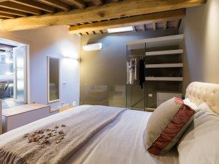Appartamento Ficolo Fabbri, Interno D. Camera da letto nel soppalco.