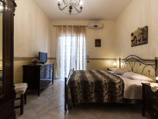 Pompei Apartment with pool and SPA near the Ruins, Sorrento,Naples and Amalfi