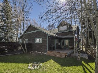 Charming Home in Wilson Town Center - Minutes to Jackson Hole Mountain Resort
