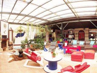 Stylisches Loft mit geschmackvoller Einrichtung in Tahiche Garden-Center