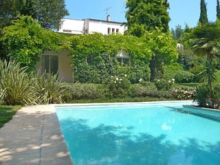 5 bedroom Villa in Villeneuve Loubet, Cote d'Azur, France : ref 2008336