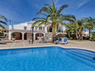 Villa moderna todas las comodidades & piscina!