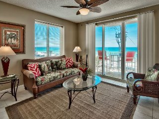 Three Bedroom, Three Bath Gulf front Condo! Balcony! Views! Sleeps Ten