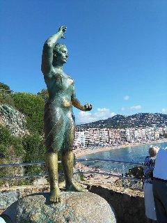 Monumento a la Mujer Marinera en Lloret de Mar