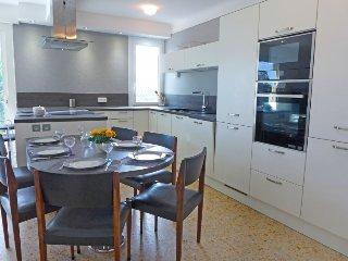 4 bedroom Villa in Saint Aygulf, Cote d Azur, France : ref 2396337