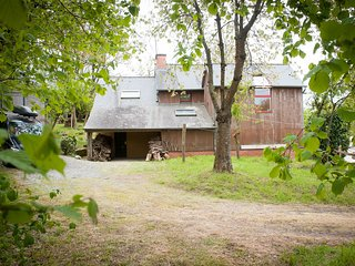 Detached house - comfortable and modern france retreat  perfect for star gazing.