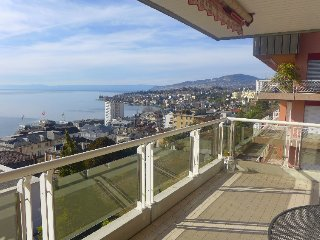 2 bedroom Apartment in Montreux, Lake Geneva Region, Switzerland : ref 2396270