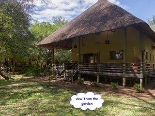 Huis Bougainvilleae