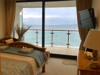 Master Bedroom uninterrupted Sea Views!!