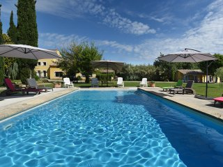 """Les Cyprès"", (10 pers: 6 ad + 4 kids), WIFI, Air-cond, BBQ, Bikes, Pool"