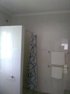 Shower cubicle in main ensuite