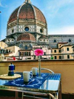 Dinnn donnnnn, bell sound... goodmorning!!!!! Breakfast in terrace!!!!