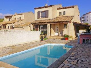 3 bedroom Villa in Six Fours, Cote d Azur, France : ref 2380098, La Seyne-sur-Mer