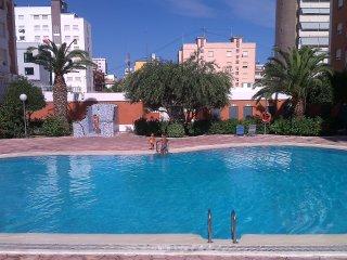 Apartamento con piscina a 200 mtrs de la playa, Playa de Gandía