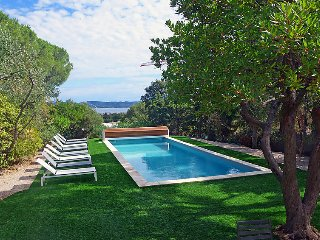 5 bedroom Villa in Cavalaire-sur-Mer, Provence-Alpes-Côte d'Azur, France : ref 5