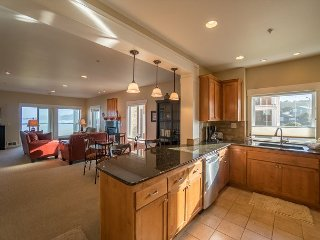 Enjoy a luxurious oceanfront condo within walking of Newport's Nye District!