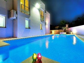 8 bedroom Villa in Umag, Istria, Croatia : ref 2379096