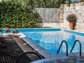 2 bedroom Villa in Castellamare del Golfo, Sicily, Italy : ref 2379015