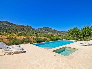 2 bedroom Villa in Selva, Mallorca, Mallorca : ref 2371394