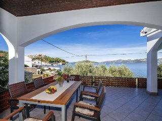 4 bedroom Villa in Kali, Zadarska Zupanija, Croatia - 5038468