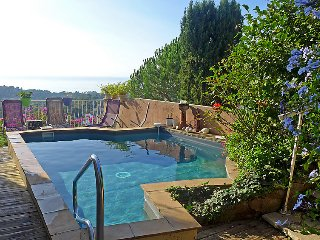 3 bedroom Villa in La Croix Valmer, Cote d Azur, France : ref 2371076