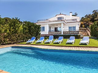 3 bedroom Villa in Lloret de Mar, Catalonia, Spain : ref 5036703