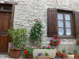 """Maison Cosy"" - Southern France Village House in Cuxac-Cabardes near Carcassonne"