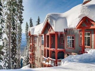 SnowBanks 1 Upper Snowpine Location Sleeps 11