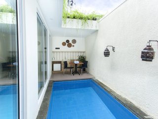 Romatic One Bedroom with Beach Front on Tanjung Benoa