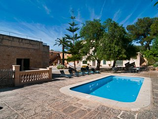 SUREDA MOLI - Chalet with community pool for 4 people in Manacor, Petra